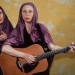 1997 Les soeurs sourire (Aufbereitung des kath. Mädchengymnasiums) | Foto: Mani Wollner